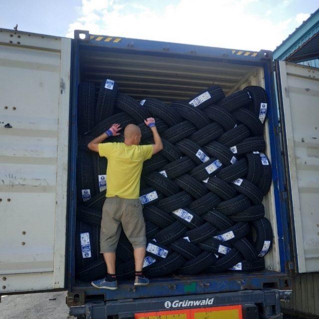 Доставка шин из ВМТП на склад в Уссурийск.